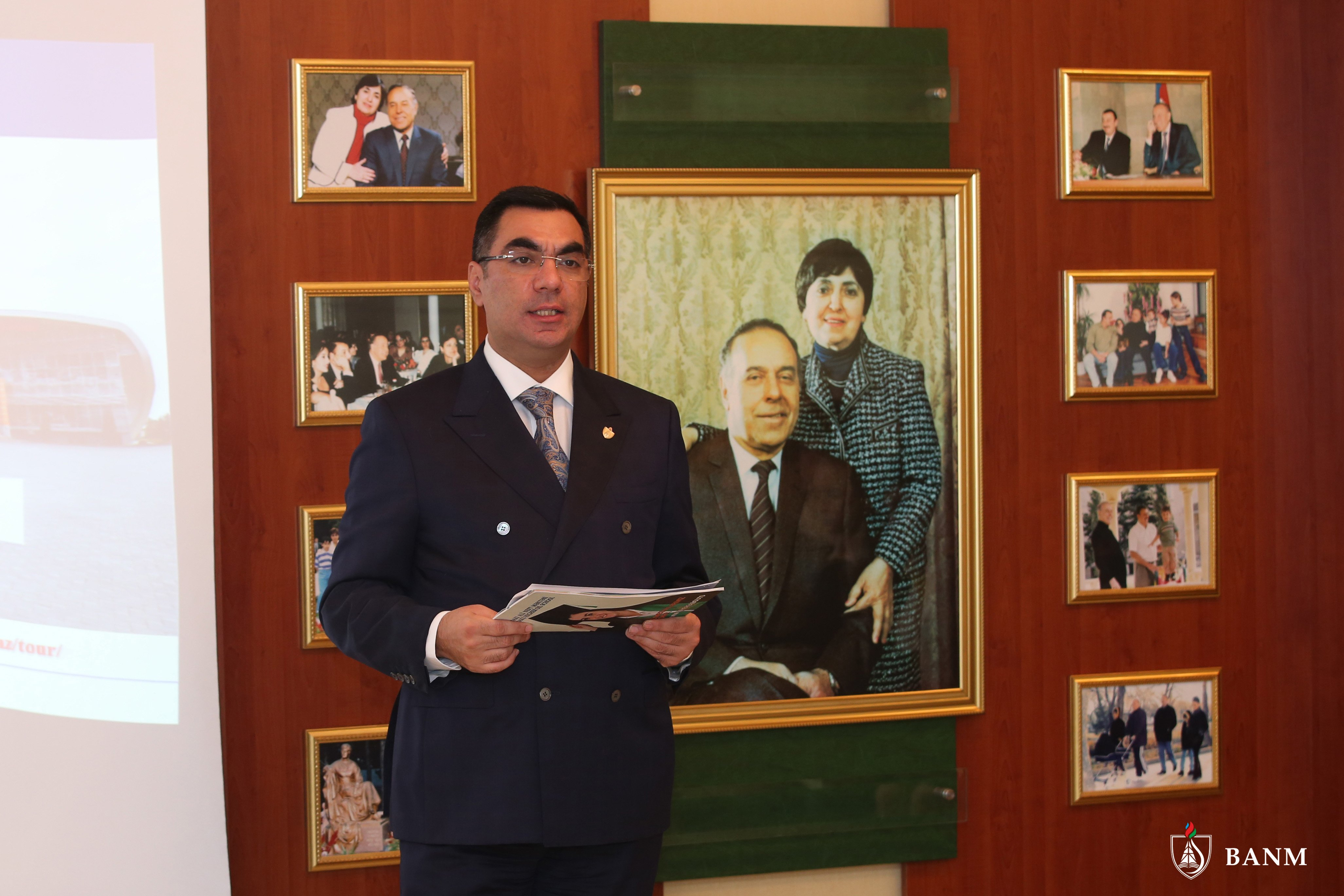 Elmar Gasimov meets with students of Lyceum named after Academician Zarifa Aliyeva