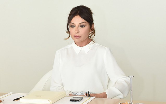 First Vice-President Mehriban Aliyeva congratulates Azerbaijani people and world Muslims on Ramadan Holiday